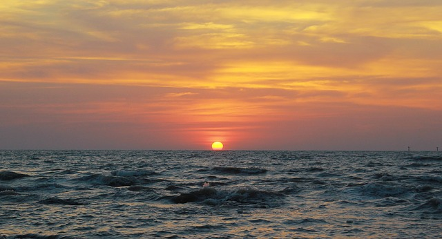 sunset-167061_640